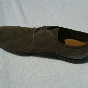 Robert Wayne Sand Suede Oxfords- NWT
